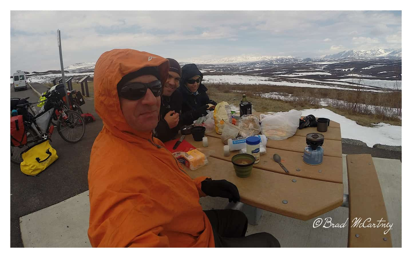 Lunch break on the Denali Hwy