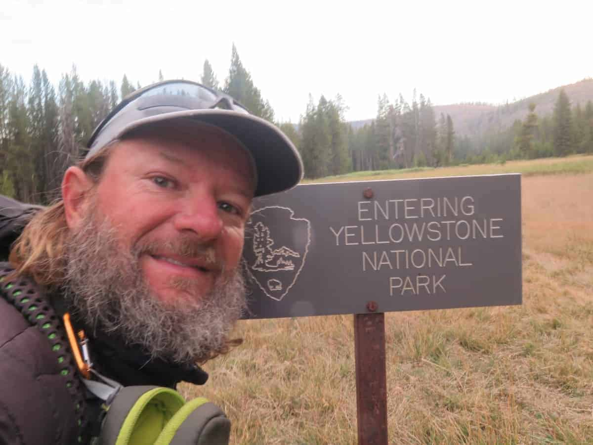 yellowstone national park hiking trails