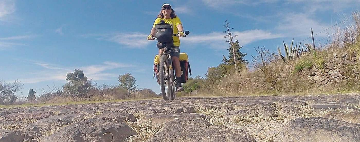 cycling the aztec roads