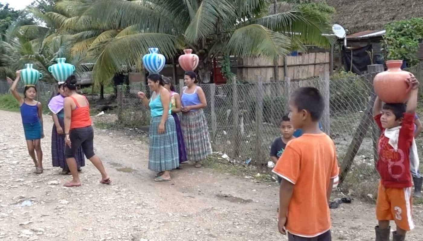 guatemala mayan village ladies