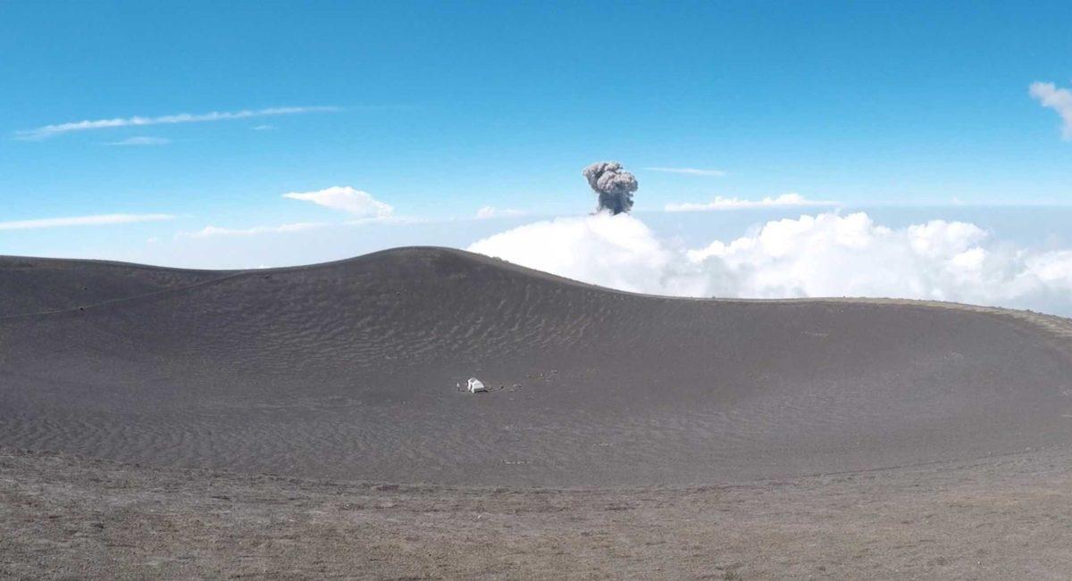 summit-acatenango