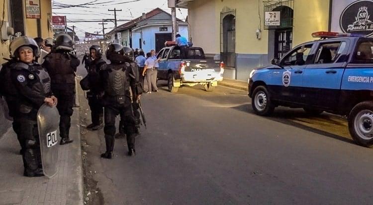 nicaragua riot police