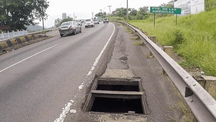 traffic hazard panama